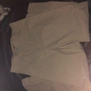 NWT beige/tan pants. Size 6. By mesmerize